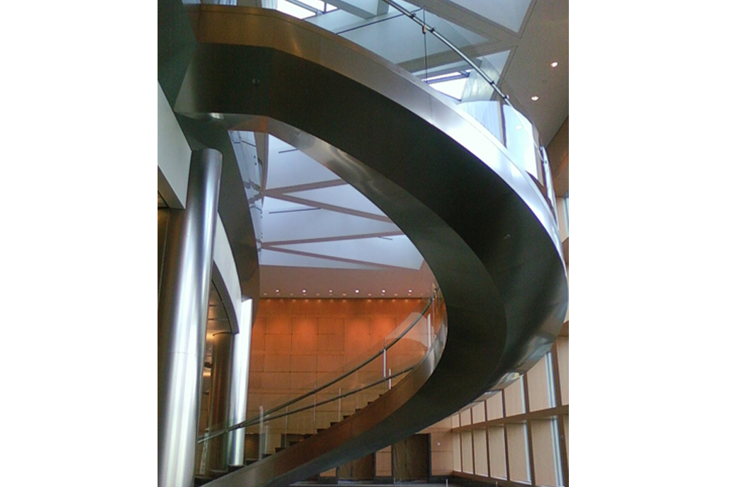 Free Standing Stainless Steel Spiral Staircase Vibration Dampeners Between Stairs  Three Floor Connection Swirling Stainless Steel Side Panel